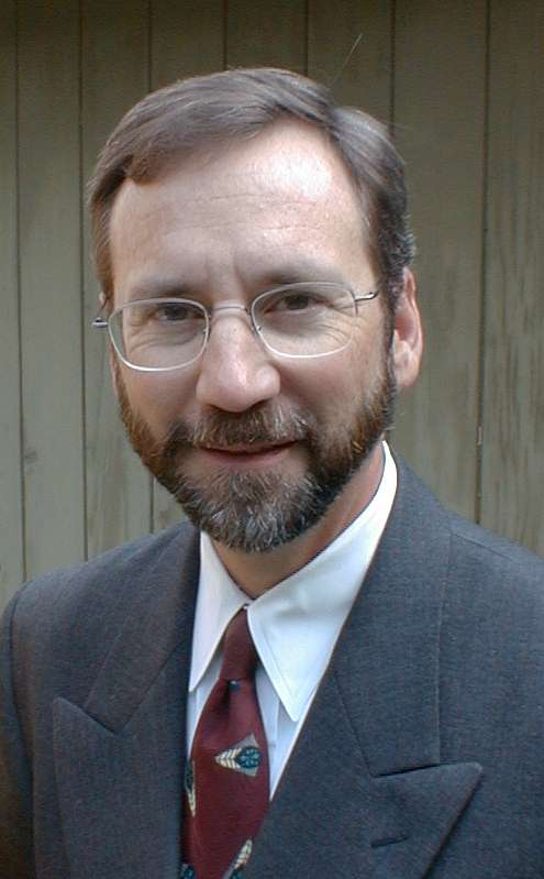 Andrew Holtz